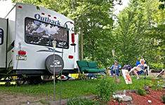 Seasonal Campers at Pine Crest Campground